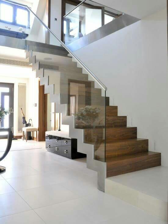 mẫu cầu thang đẹp cho nhà ống 10
