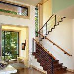 mẫu thiết kế cầu thang đẹp được làm từ gỗ sắt kính inox 25