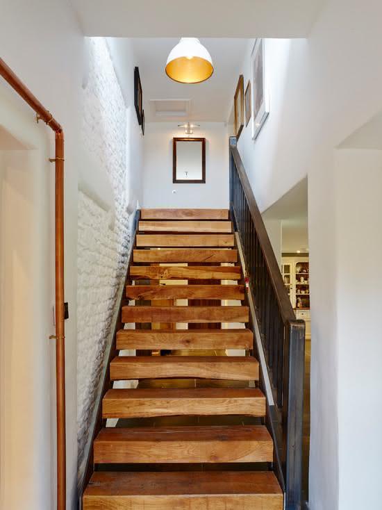 mẫu thiết kế cầu thang gỗ đẹp 29