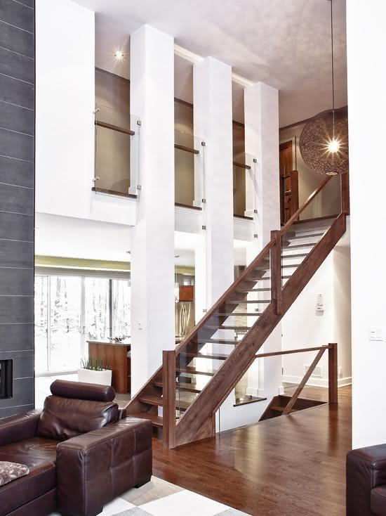 mẫu thiết kế cầu thang gỗ đẹp 34