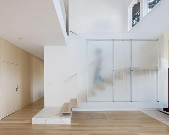 mẫu thiết kế cầu thang gỗ đẹp 36