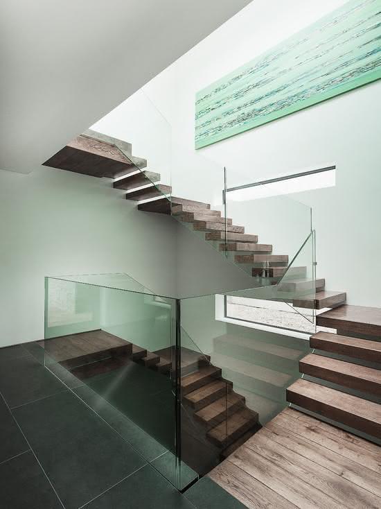 mẫu thiết kế cầu thang gỗ đẹp 1