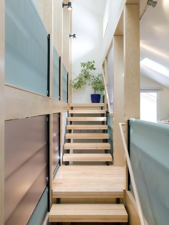 mẫu thiết kế cầu thang gỗ đẹp 41
