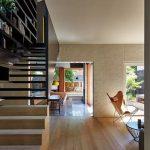 mẫu thiết kế cầu thang gỗ đẹp 47