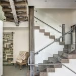 mẫu thiết kế cầu thang gỗ đẹp 6
