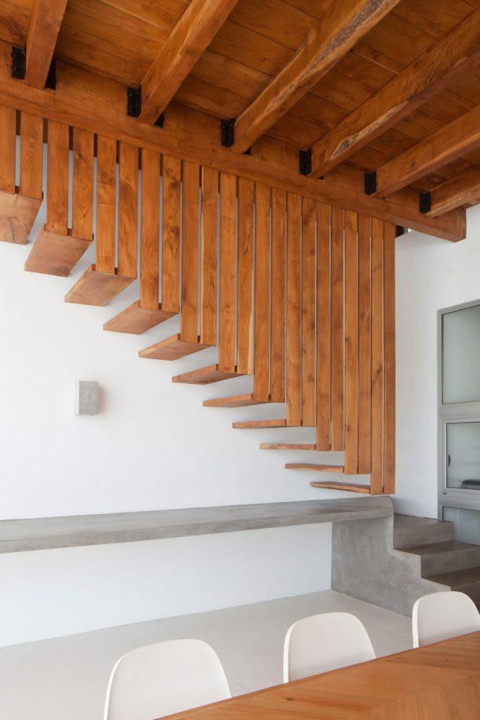 mẫu thiết kế cầu thang gỗ đẹp 61