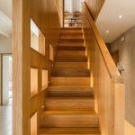 mẫu thiết kế cầu thang gỗ đẹp 71