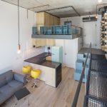 thiết kế căn hộ nhỏ đẹp lựa chọn thiết kế trần cao