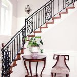 mẫu thiết kế cầu thang đẹp được làm từ gỗ sắt kính inox 10