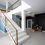 mẫu thiết kế cầu thang đẹp được làm từ gỗ sắt kính inox 29