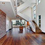 mẫu thiết kế cầu thang đẹp được làm từ gỗ sắt kính inox 5