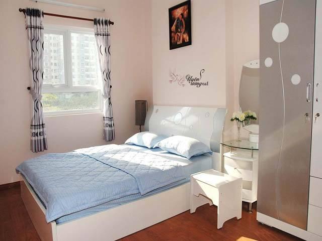 Phòng ngủ đẹp với màu sáng chủ đạo