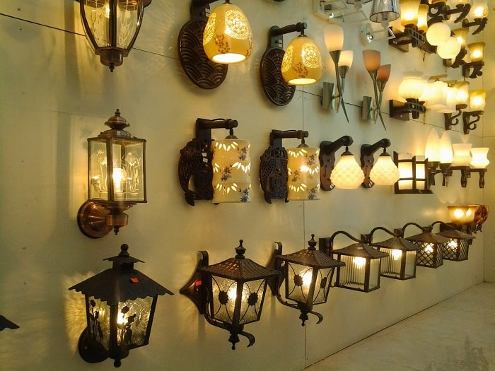 đèn trang trí kiểu cổ điển