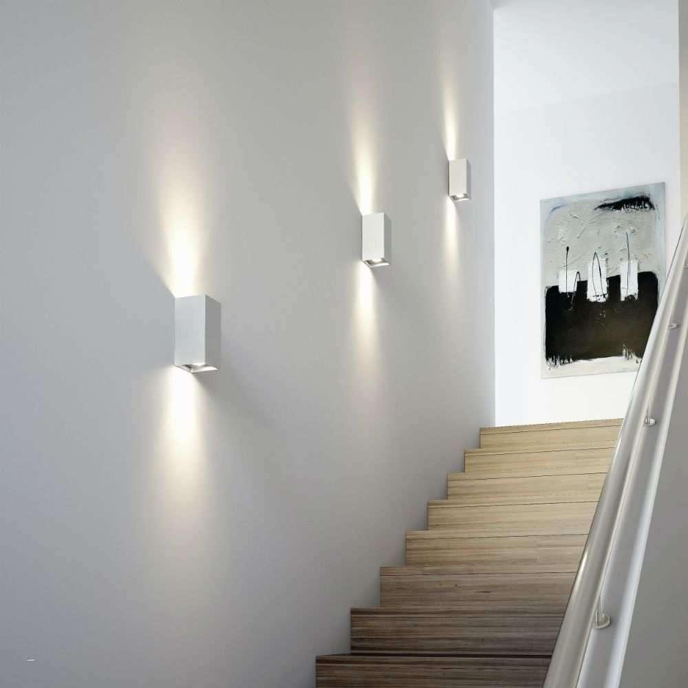 đèn led kiểu hộp trang trí cầu thang